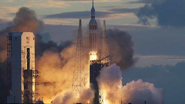 Nostalgia or 'New Space': The Answer for NASA