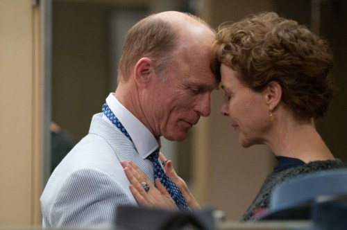 'The Face of Love': Performance Trumps Pretentiousness